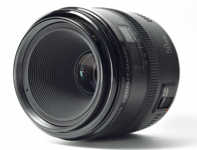 Canon EF 50 f/2.8 MACRO